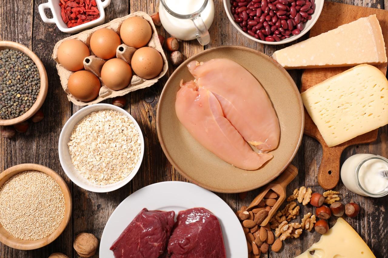 辟谣科普:预防癌症,动物源奶等食品不能吃,应用蜂蜜代替糖