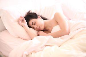谣言:睡眠水助睡眠